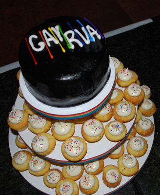 Jenny Trembley of Sweetist Thing Bakery made a fabulous GayRVA cake.